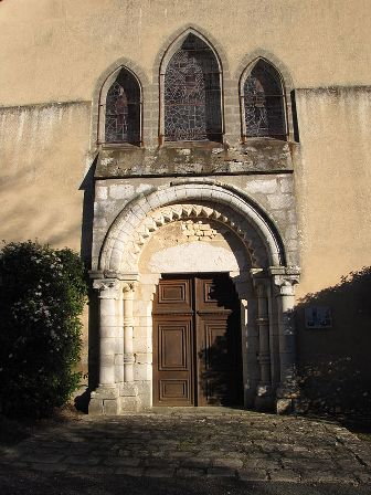 portail-de-leglise-b